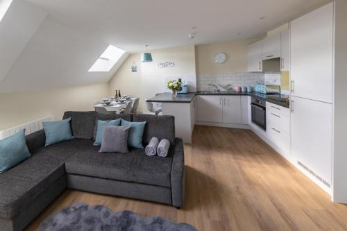 Apartment 8, Isabella House, Aparthotel, By RentMyHouse