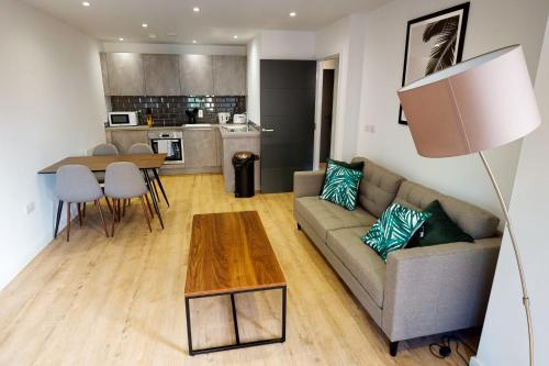 Stunning NEW 1 BED flat in the heart of Cardiff