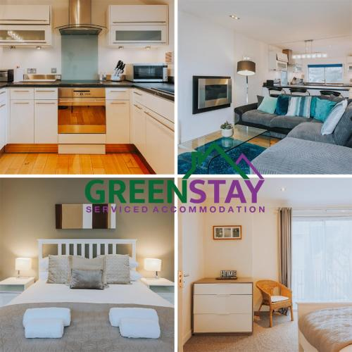 3 Bedroom Apartment at Greenstay Serviced Accommodation, Cornwall, The Penthouse with Parking , Netflix, Wi-Fi & Beaches