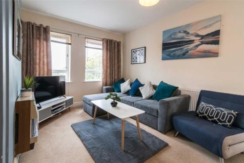 Lambley Court Apartments - Light, Open and Inviting