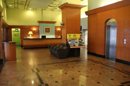 The lobby or reception area at Strand Hotel (SG Clean)