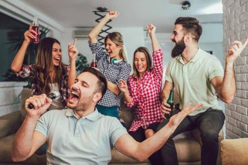 Celebrations!-Hottub, Sauna ,Bar,Pool-table/H/Cinema,Grill