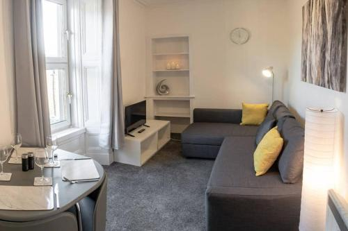 ?Modern Flat, Close to University and City Centre?