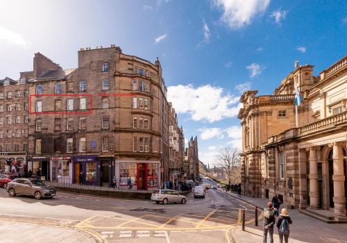 Bank St Royal Mile