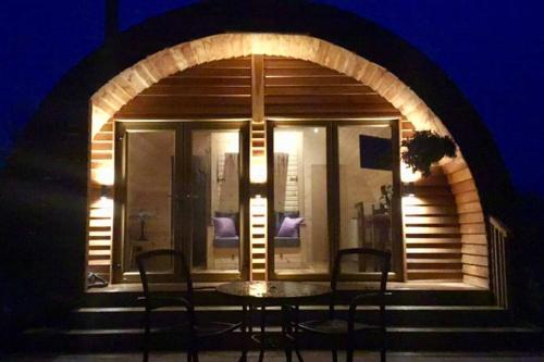 Tollymore Luxury Log Cabin