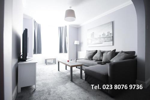 Honest Hospital House Apartment 1