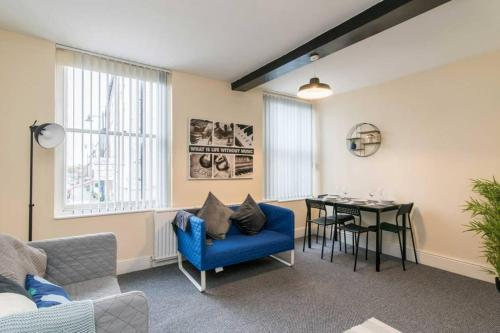 Characterful 2 Bedroom Apartment