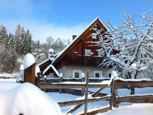 """Ferienhaus """"Zur alten Schmiede"""" im Winter"""