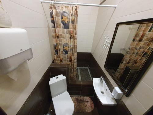 Ванная комната в Ideal Home mini-hotel