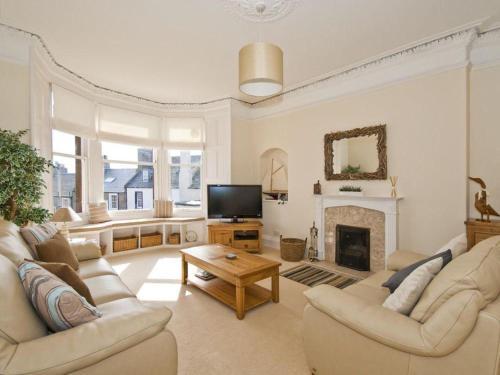 Glenbay -Charming 3-Bed Apartment in North Berwick