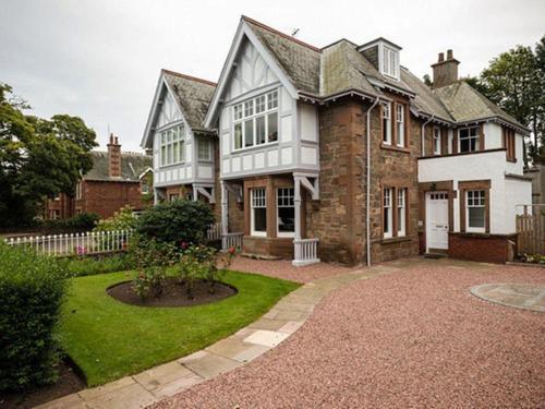 Glenconner House