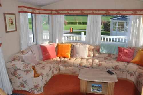 Lovely Family Static Caravan for Four