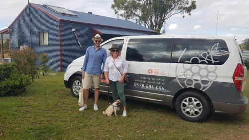 A family staying at The Wattle Lodge