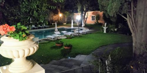 Giardino di Hotel Villa Paradiso dell'Etna