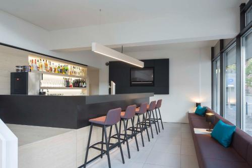 The lounge or bar area at Stadthotel Münster