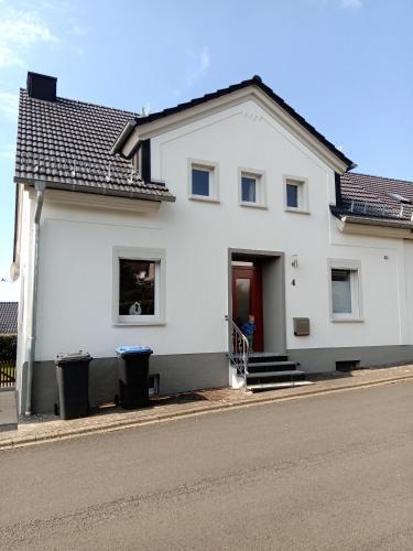 """Ferienhaus """"Dreimüller"""" am Ursprung des Eifelkrimis"""