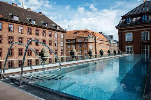The swimming pool at or near Villa Copenhagen
