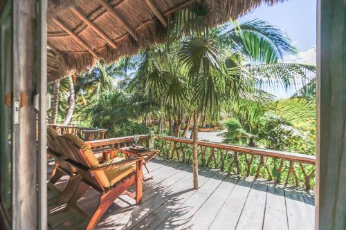 A balcony or terrace at Villa Pescadores Tulum