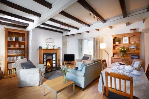Britannia Cottage