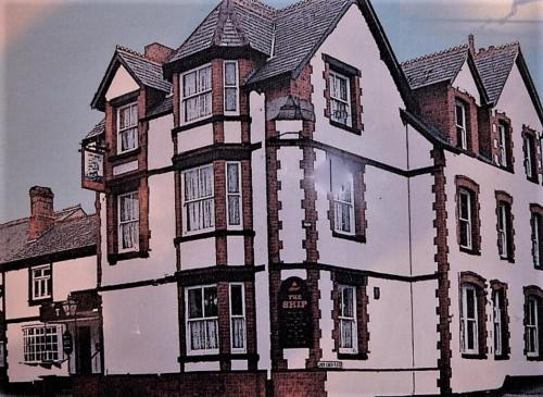 3-Bed Apartment on a grand scale in Colwyn Bay