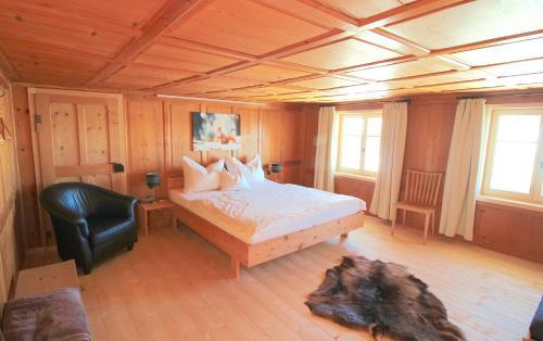 Ein Bett oder Betten in einem Zimmer der Unterkunft Apartments Wälderhaus