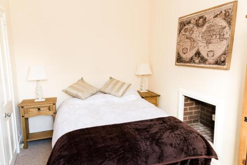 Stylish 2 bedroom, city centre apartment