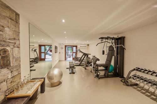Das Fitnesscenter und/oder die Fitnesseinrichtungen in der Unterkunft Palacio can Marques - Adults only