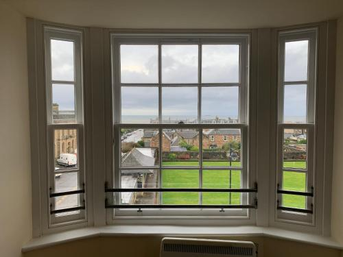 Ayr Loft Apartment with Fabulous Views