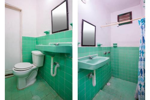 A bathroom at OYO Los Arcos Holbox
