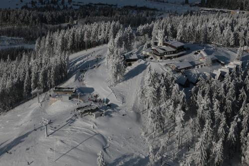 Hotel Plesivec v zimě