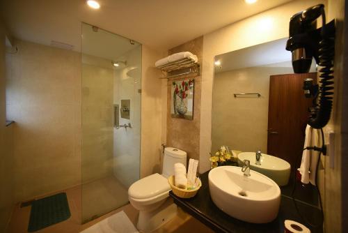 A bathroom at Kumari Boutique Hotel