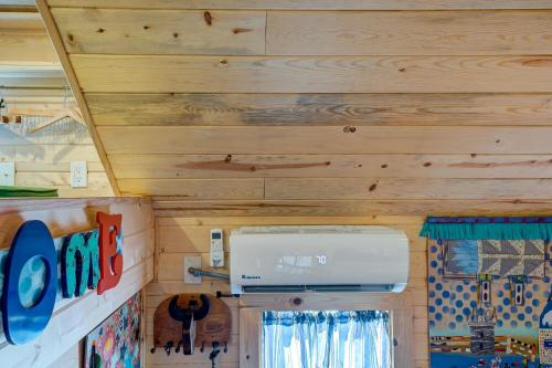 A kitchen or kitchenette at Tiny House Leadville Colorado