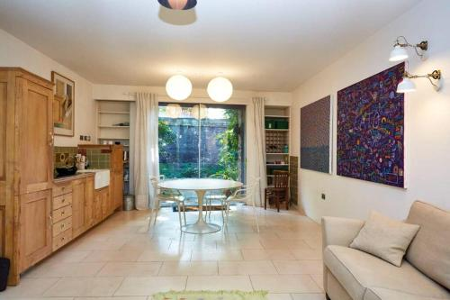 Amazing spacious flat in Clerkenwell
