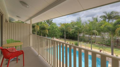 A balcony or terrace at Lismore Gateway Motel