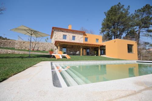 Villa in Volencia Sleeps 10 with Pool Air Con and WiFi