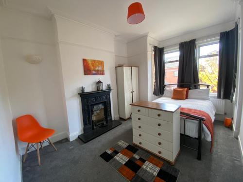 Slough Townhouse 4 beds perfect for work and leisure
