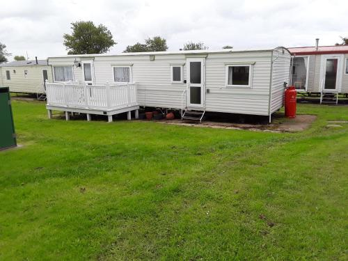 Charming 3-Bed Caravan in Hull