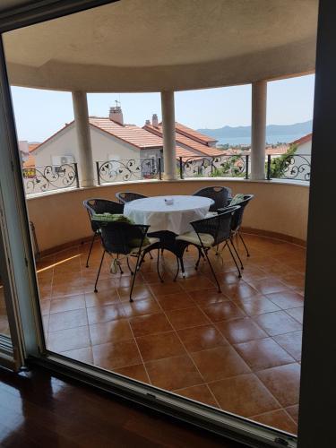 A balcony or terrace at Villa Jelena