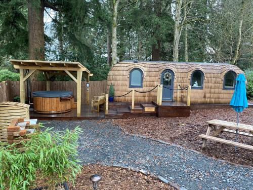 Spiers Lodge - Culdees Castle Estate Glamping