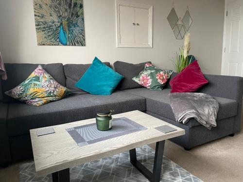 City Apartment with parking by FYH-Property