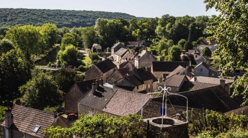 A bird's-eye view of Le Domaine des Carriers - Gites