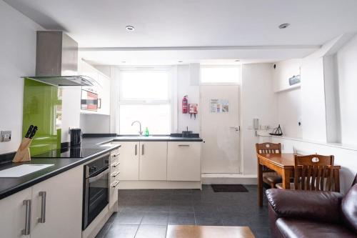 Immaculate 1-Bed Apartment in Sheffield