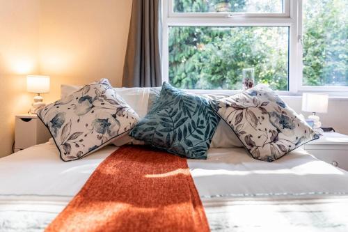 Rare Gem 1-bed Apt Central Watford Sleeps up to 6