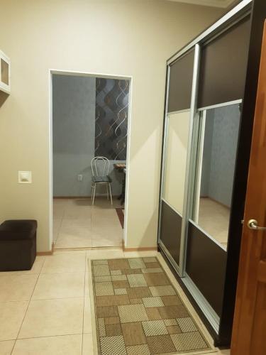 A bathroom at Apartment on Mironenko