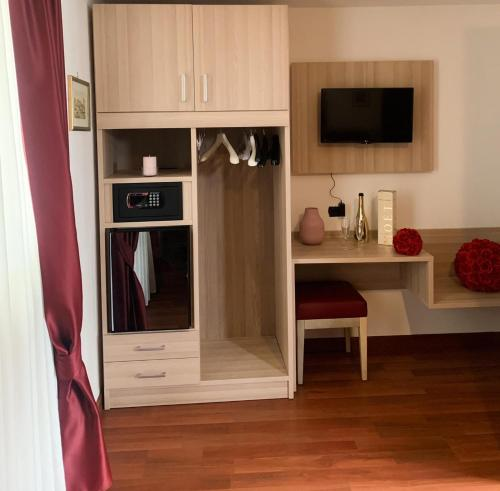 A kitchen or kitchenette at M.E.C.