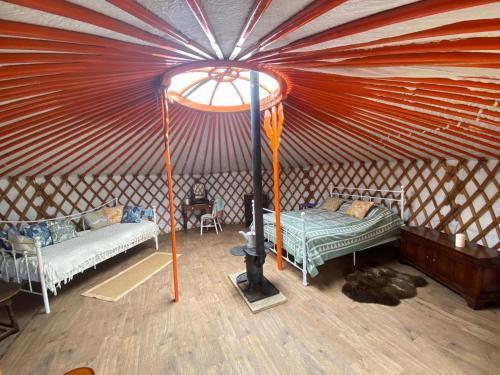 Beautiful Yurt Rural Position private facilities