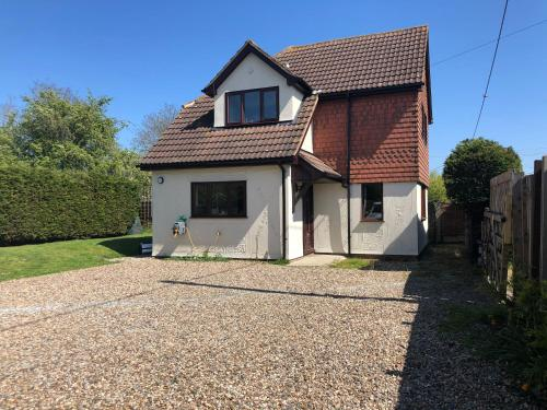 Latchingdon cottage