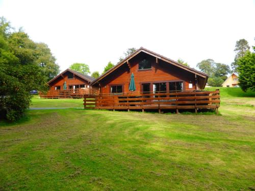 Lady Galloway Lodge 28 with Hot Tub Newton Stewart