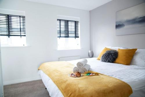 Contractors CleanCharming 2-Bed House in Coventry