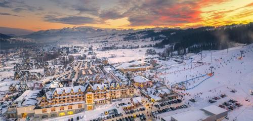 A bird's-eye view of Hotel Bania Thermal & Ski